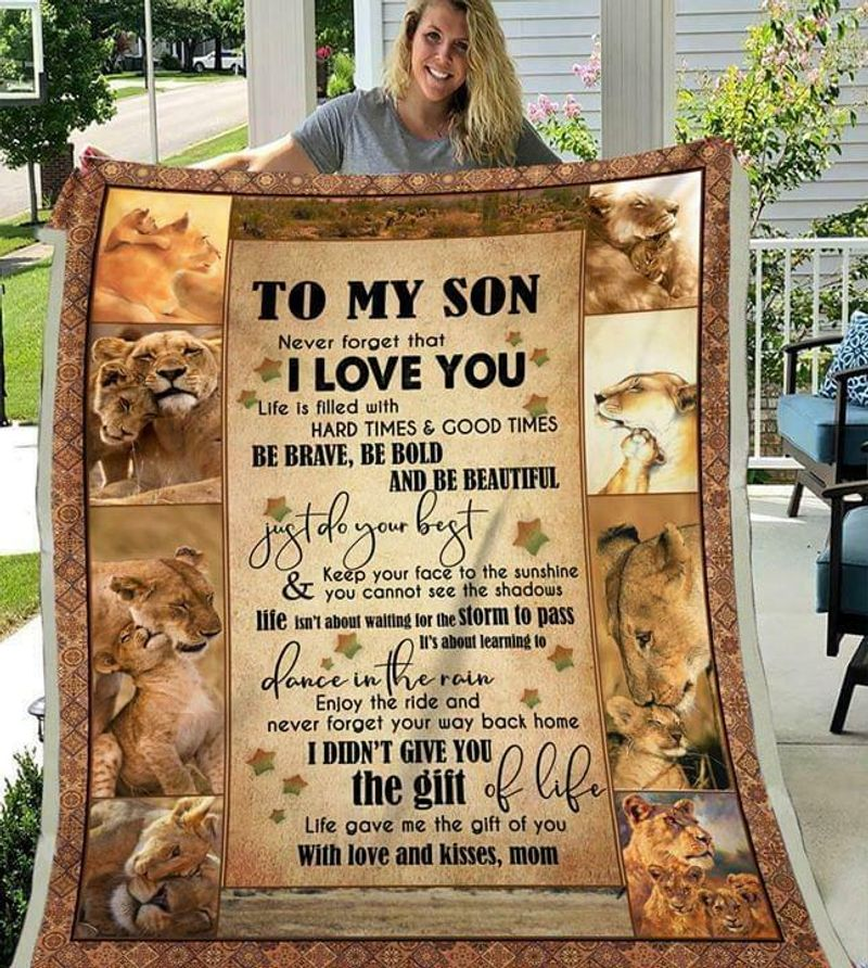 Lion To My Son Never Forget That I Love You With Love & Kisses Mom Quilt 3 Sizes