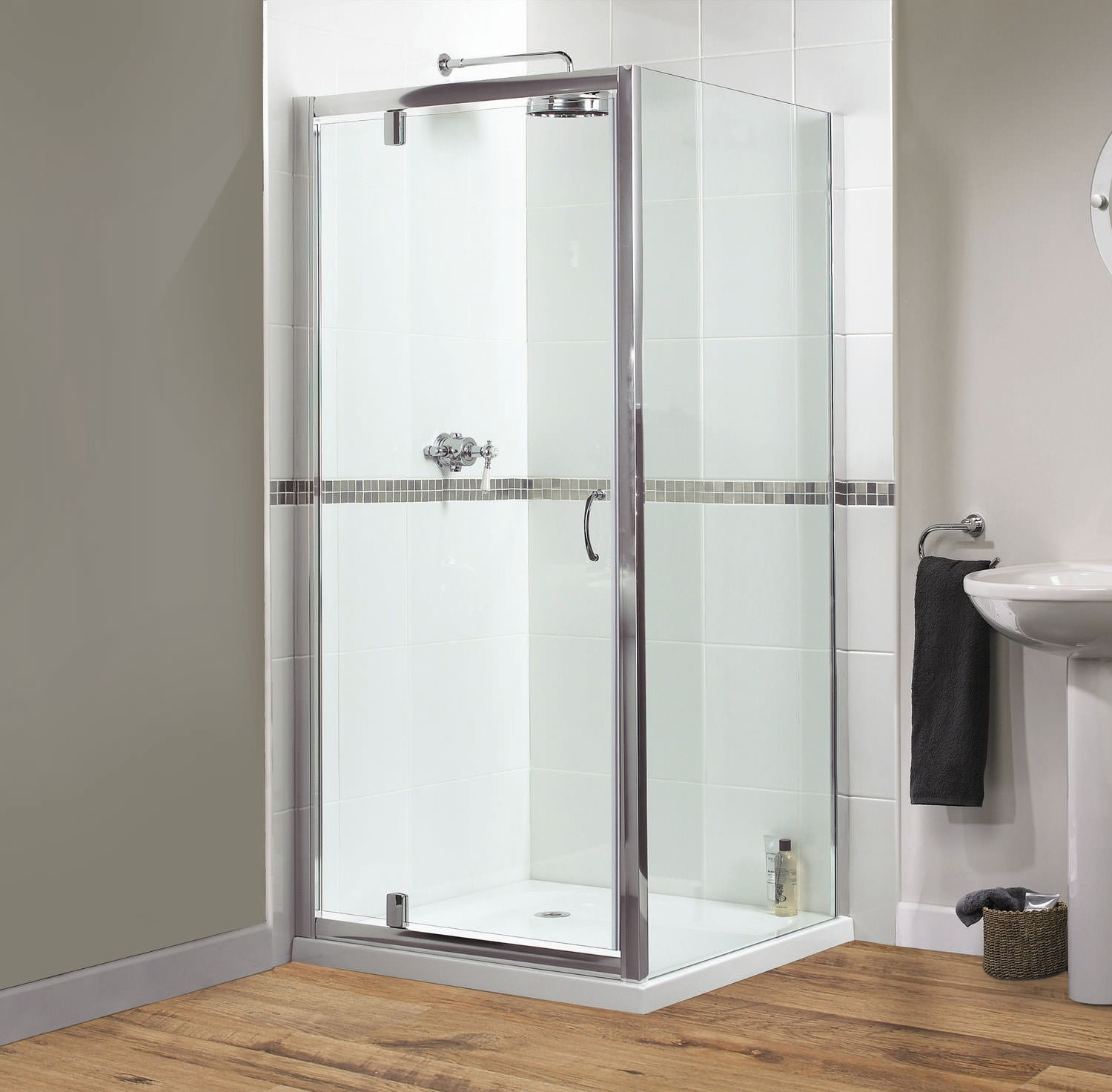 Double Pivot Shower Door 900