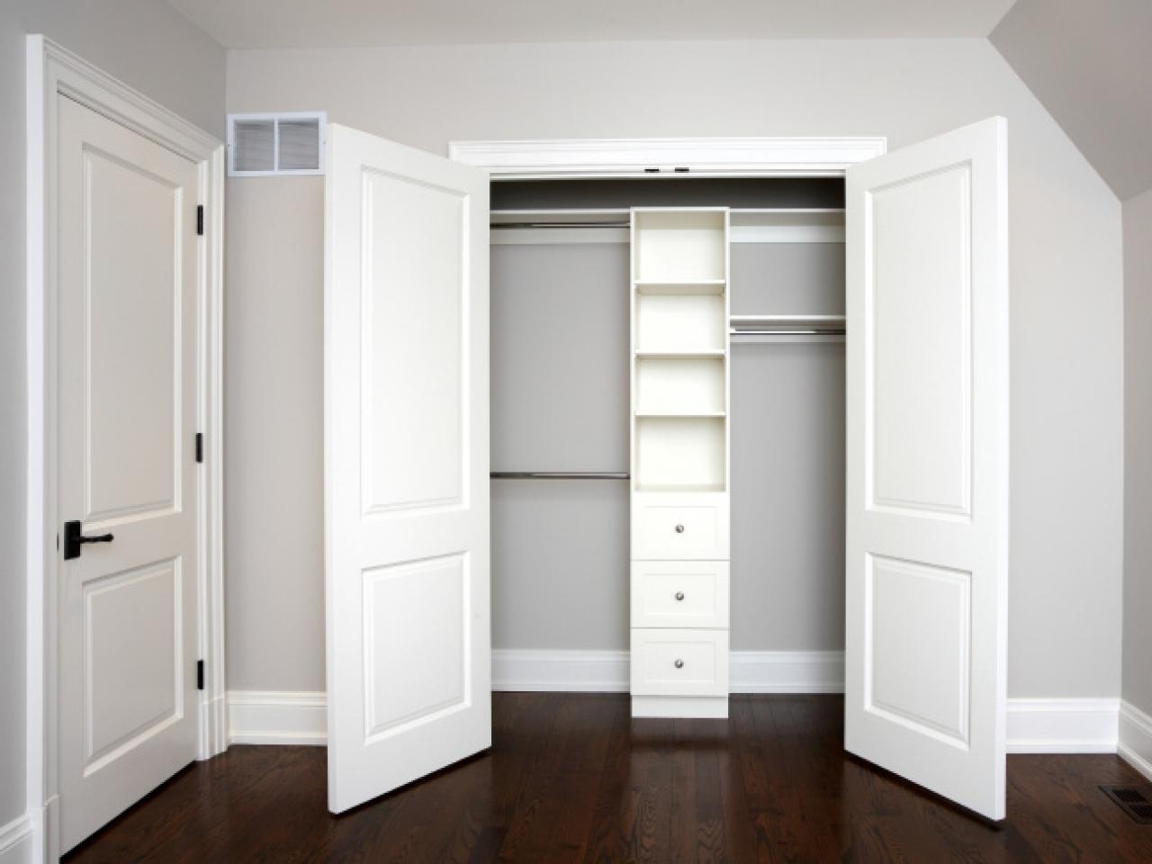 Closet Door Ideas For Modern Homes