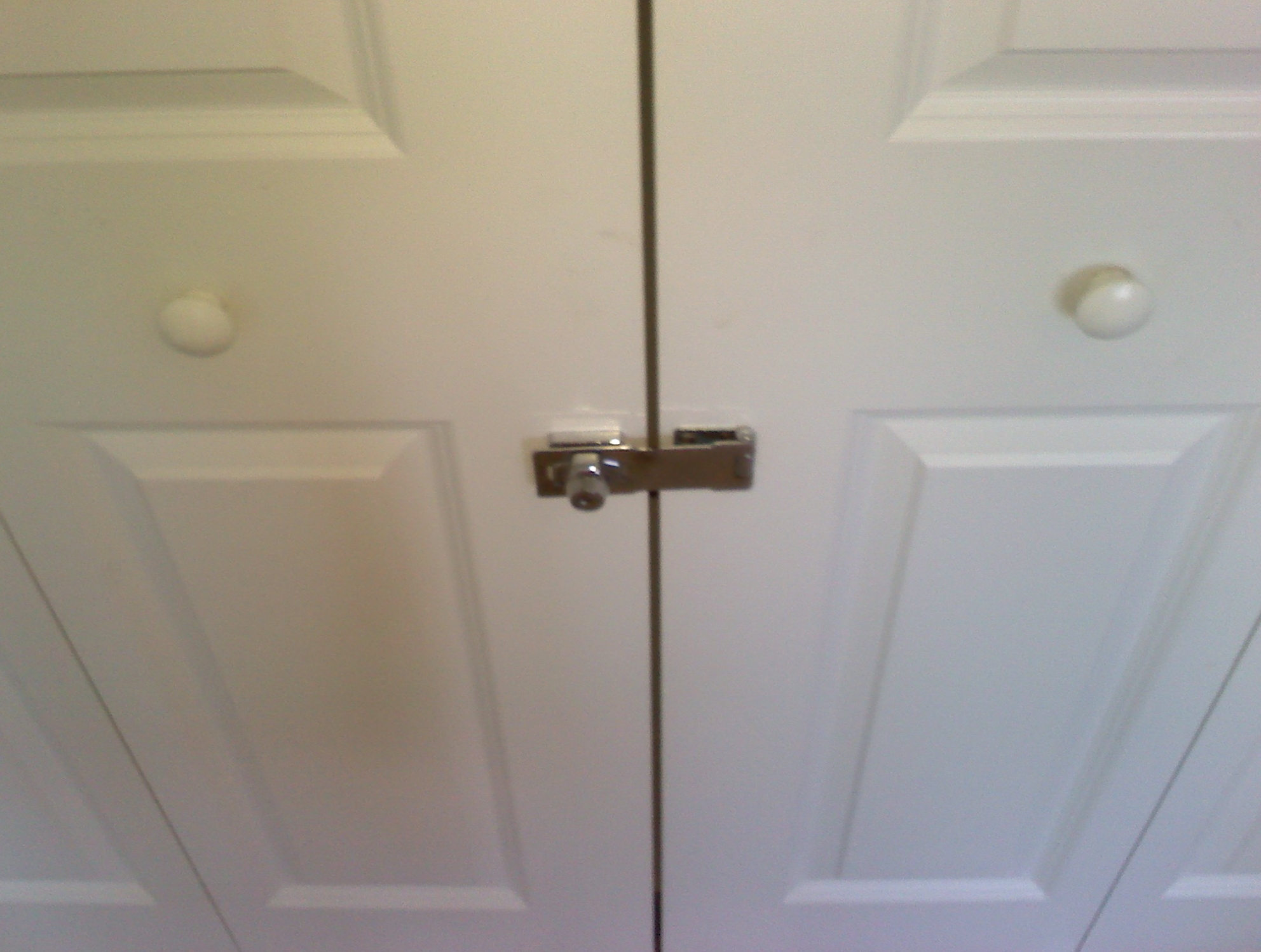 Folding Closet Doors Lock