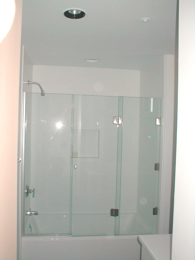 3 Panel Frameless Sliding Shower Door