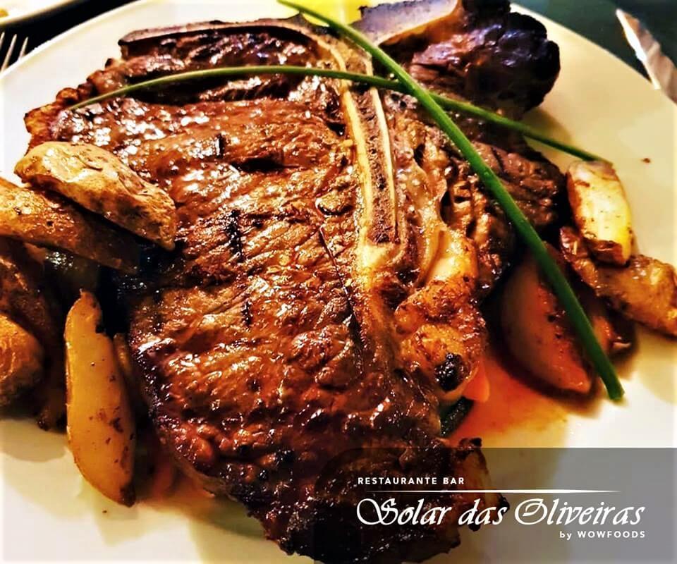 Solar das Oliveiras - Local Restaurant