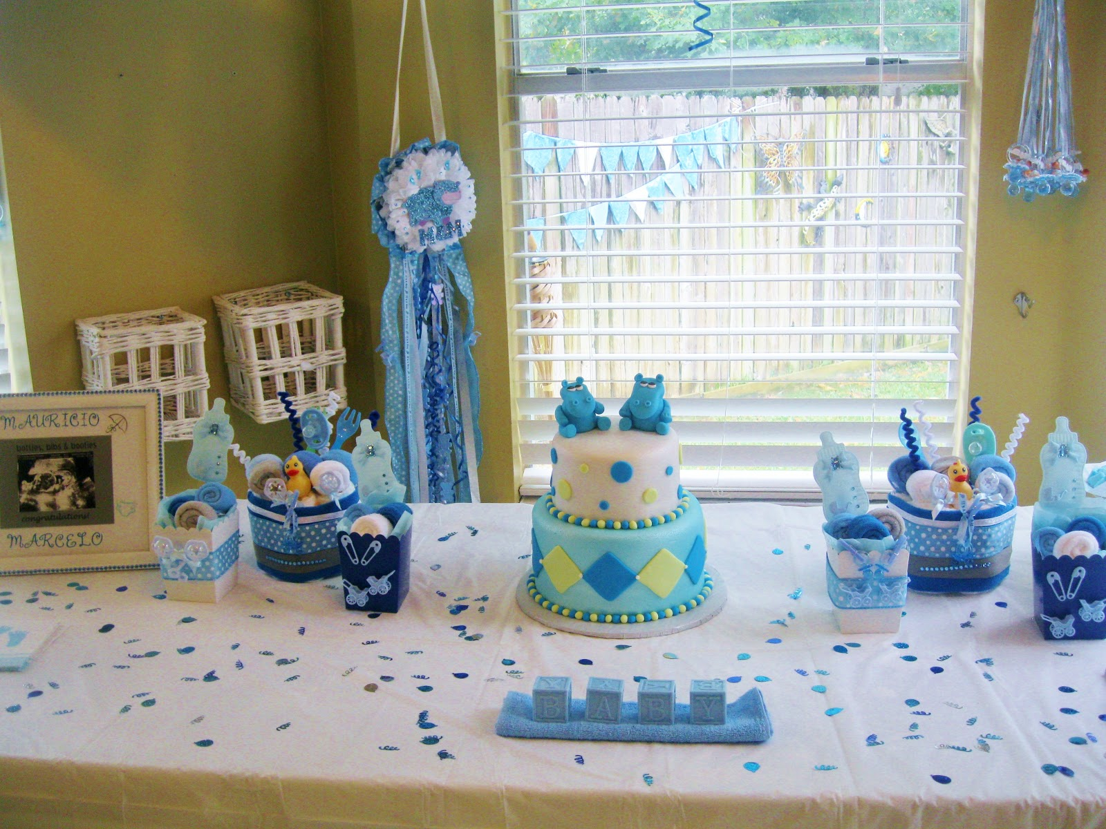 Simple Baby Shower Decoration Ideas For A Boy Baby Showers Design,White Tile Bathroom Floor Designs