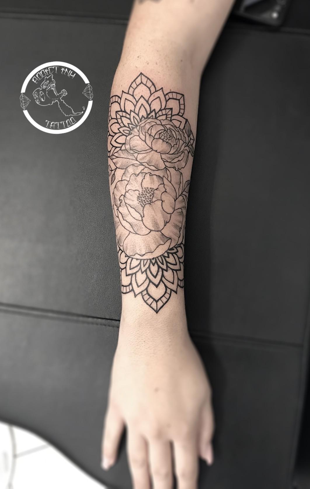 47 Tatouage Bras Homme Fleur De Lotus