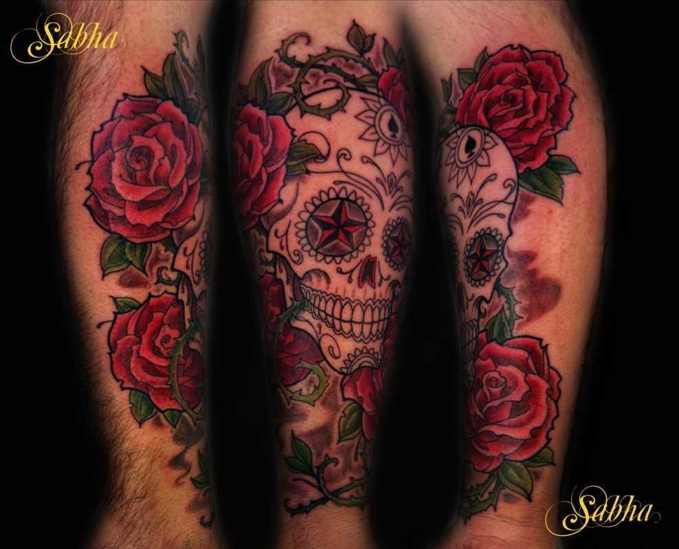 tatouage homme rose cou