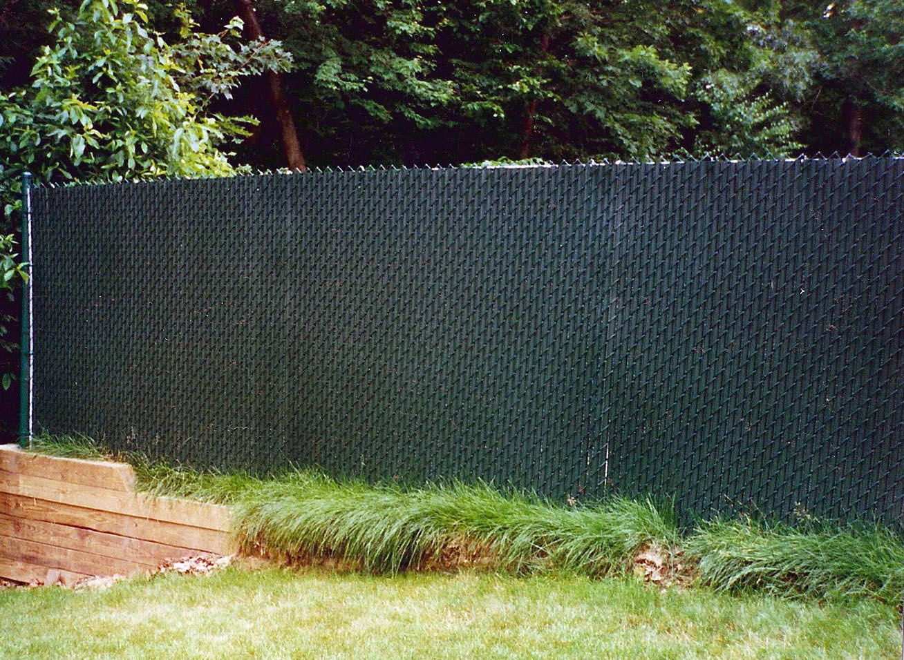 Chain Link With Slats Quality Fence Company Wwwqualityfence in measurements 1308 X 956