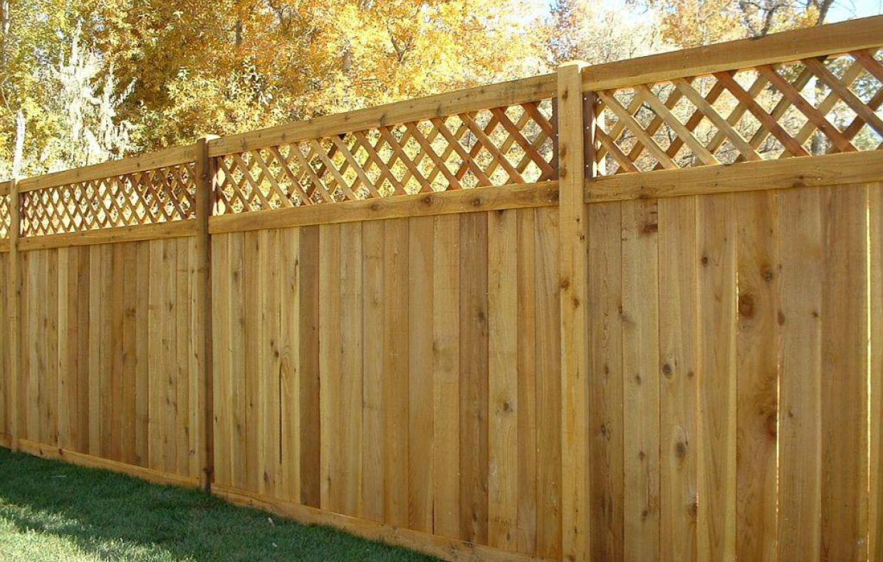 Eye Catching Timber Fence On Retaining Wall Tags Timber Fence throughout dimensions 1240 X 790
