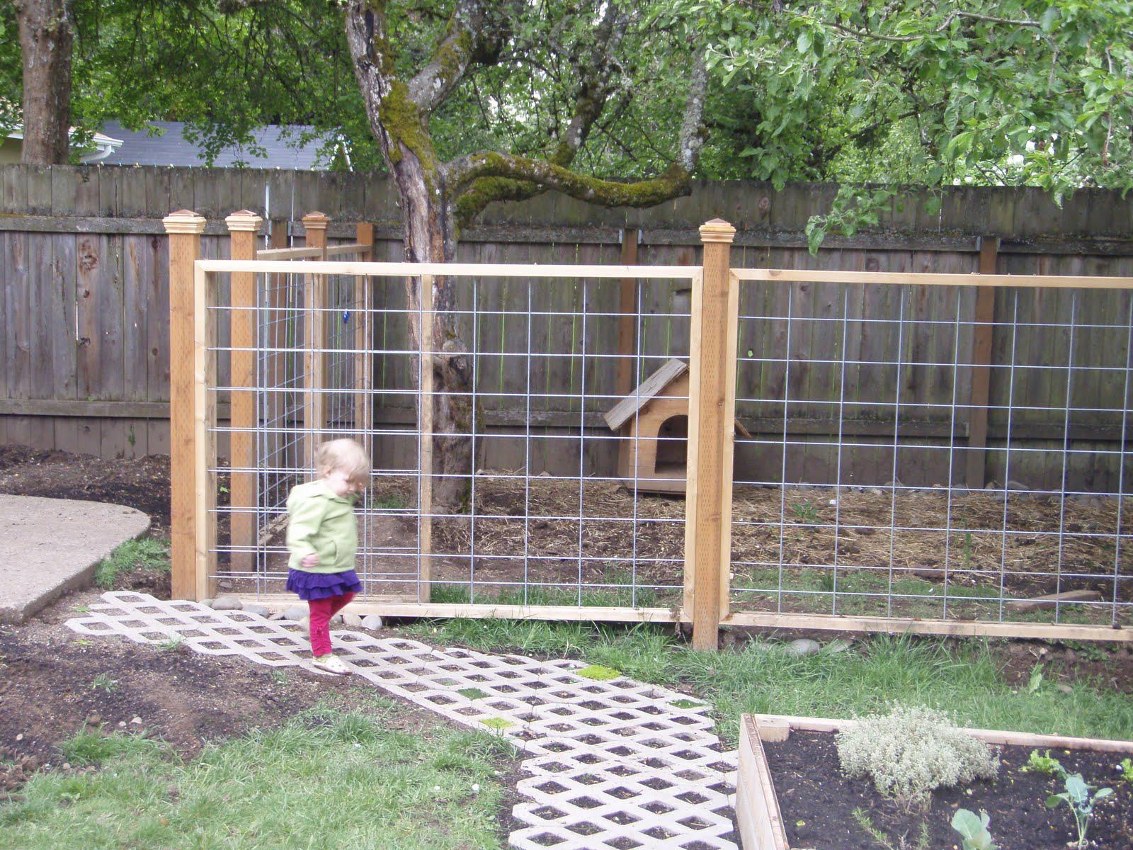 Outdoor Retractable Pet Fence • Fences Design