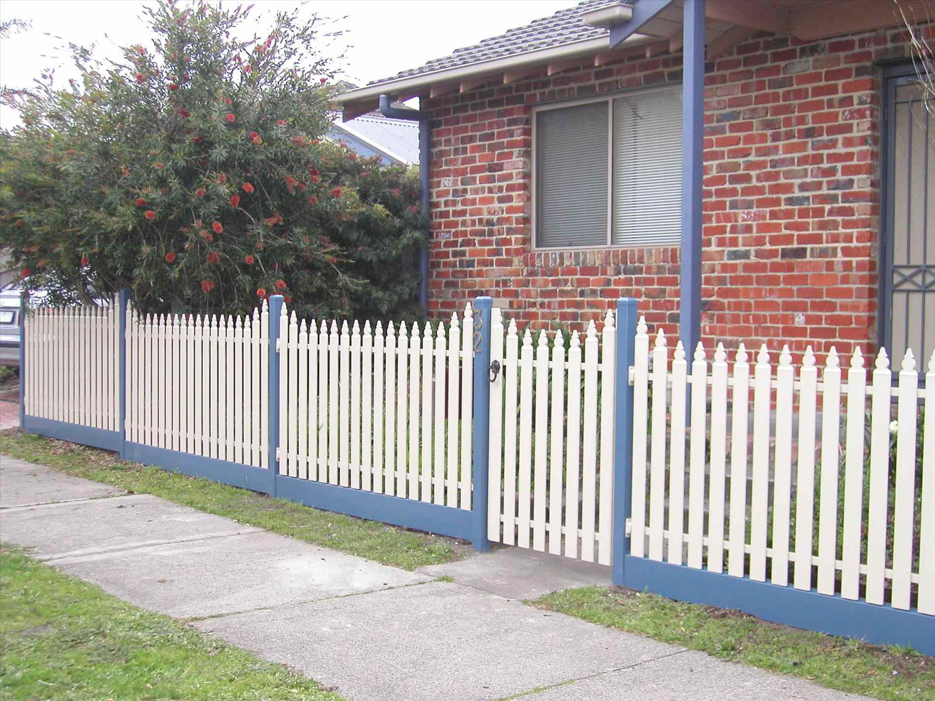 Metal Picket Fence Panels Home Gardens Geek throughout size 1899 X 1424