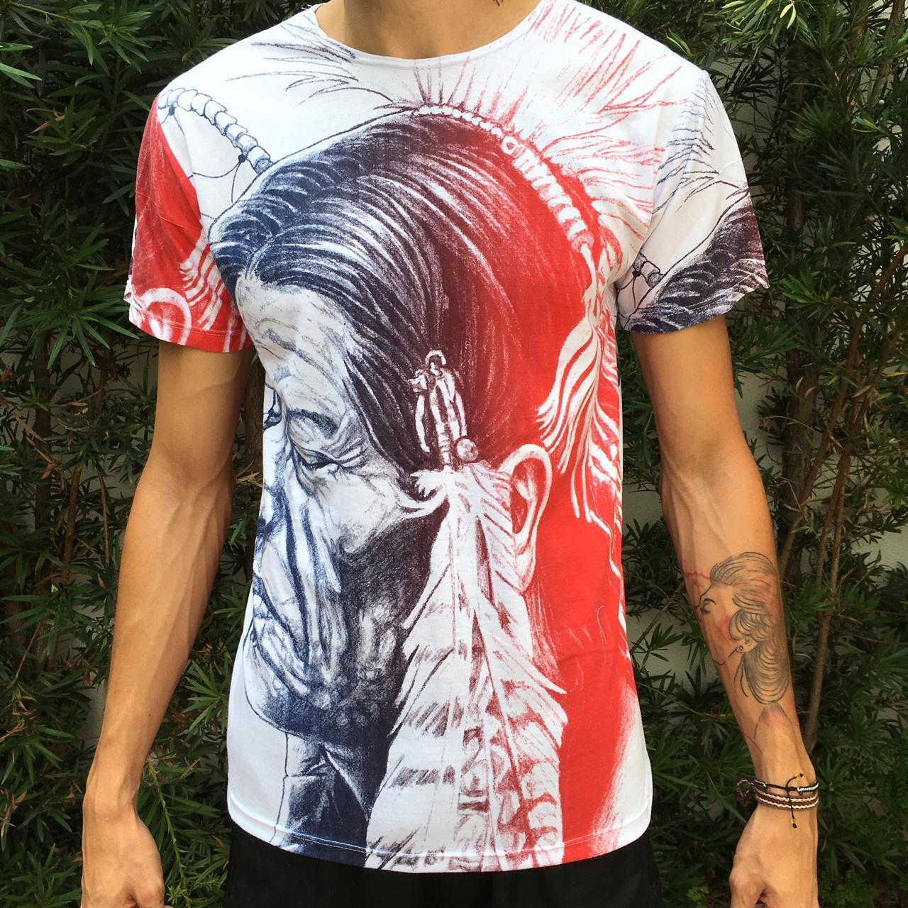 Camiseta com estampa de Índio