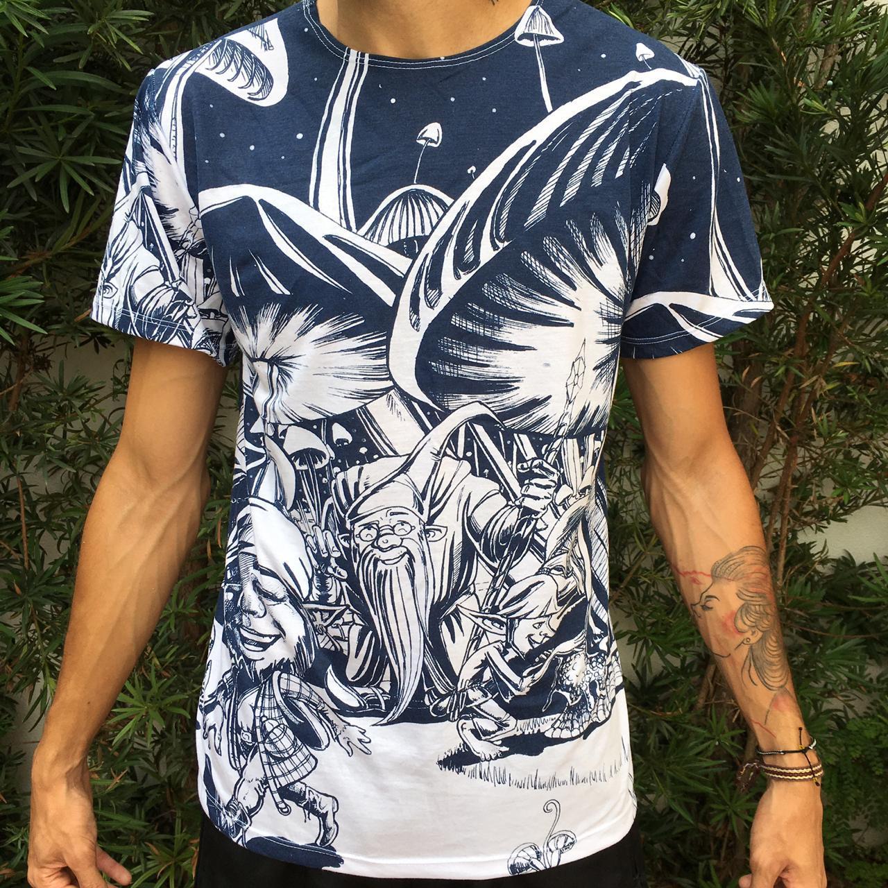 Camiseta estampada de duendes