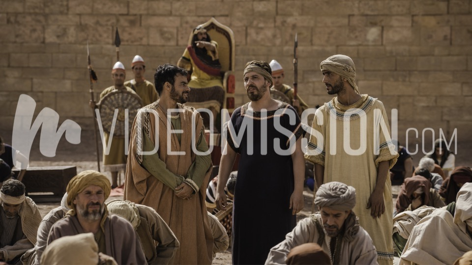 Daniels 3 Friends Brought Before Nebuchadnezzar 9
